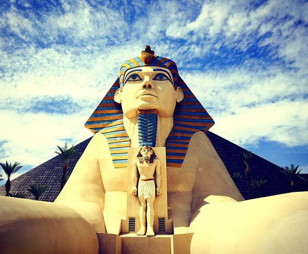 Pyramid Luxor Moments Aroundtheworld Capture The Moment Magic Color Amazing View Taking Photos MyPhotography Photography Magic Moments Las Vegas