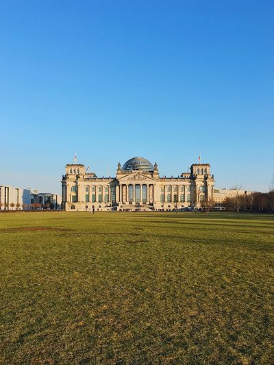 Outdoors Berlin Architecture Reichstag Germany Sky Architecturelovers Berliner Ansichten Berlin Photography