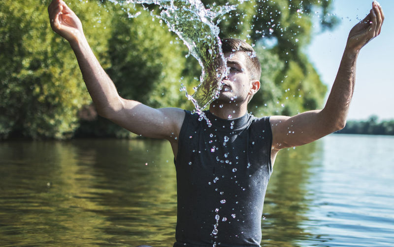 Casual Clothing Day Enjoyment Focus On Foreground Fun Leisure Activity Lifestyles Nature Outdoors Portrait Rippled Vacations Water