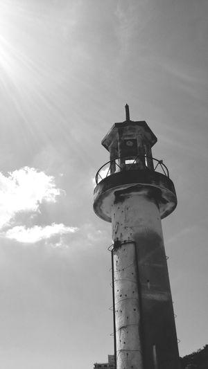 風景 海 灯台 Black & White
