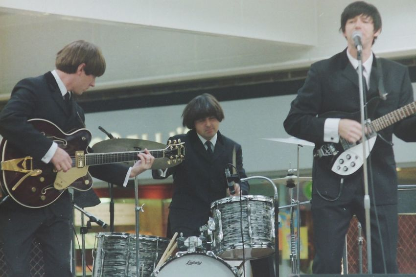 "The Phoney Beatles, promoting ""The Beatles Anthology"" book October 2000 Impersonating Somebody..lol"
