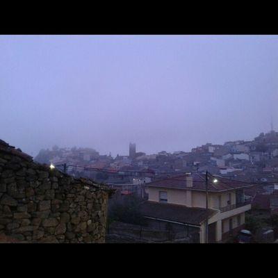 Noches de niebla en el pueblo Fermoselle ZamoraExperience