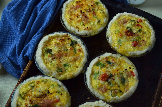 baked mini quiche Choice Food Fresh Fresh Baked Freshness Healthy Eating High Angle View In A Row Indoors  Indulgence Meal Mini Pies! Mini Quiche Multi Colored No People Overhead View Quiche Ready Ready-to-eat Tray Variation
