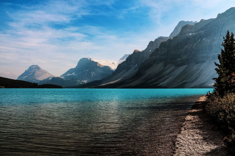 Bow Lake Banff National Park  Canada Water Mountain Sky Beauty In Nature Scenics - Nature Tranquil Scene Tranquility Mountain Range Lake Waterfront No People Idyllic Outdoors