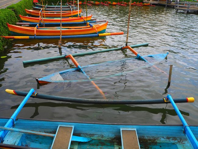 💙🛶💚🛶❤️ Travel Tabanan, Bali, Indonesia Bali Bali, Indonesia Outdoors Boat Tranquility Transportation Nature Landscapes Travel Destinations Tadaa Community Exceptional Photographs Capture The Moment Mode Of Transport Beauty In Nature Water Still Life Idyllic Water Reflections Waterfront Lake Close-up Scenics Multi Colored
