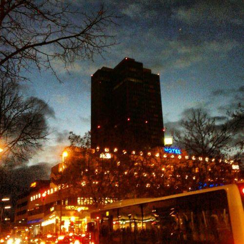 Streetphotography Building Soistberlin  Nightcall