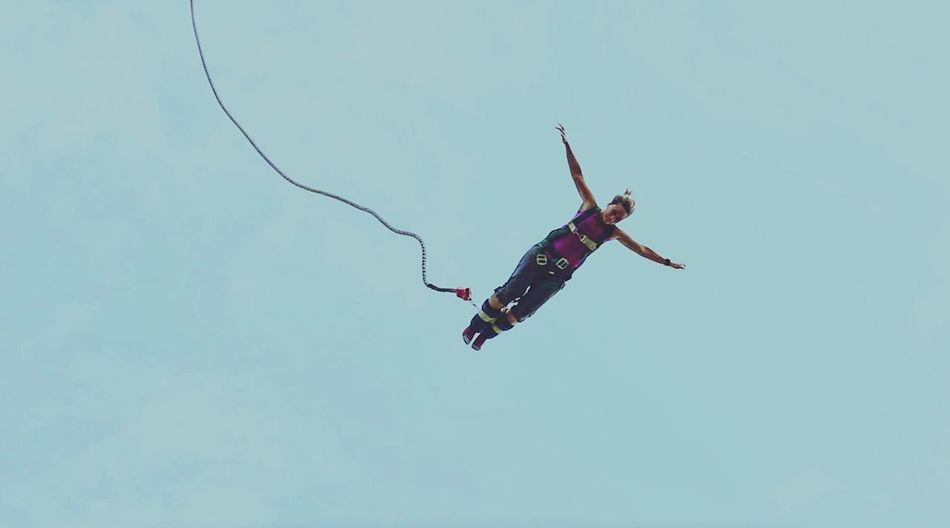 I FLY Flying Outdoors Sky สีสันตะวันออก Yokpat ททท Pattaya Gossip