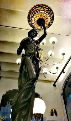 Bigligth Statue Biglamp Ligth And Shadow Ligthnigth Decoration Interiorism Architecture Barcelona