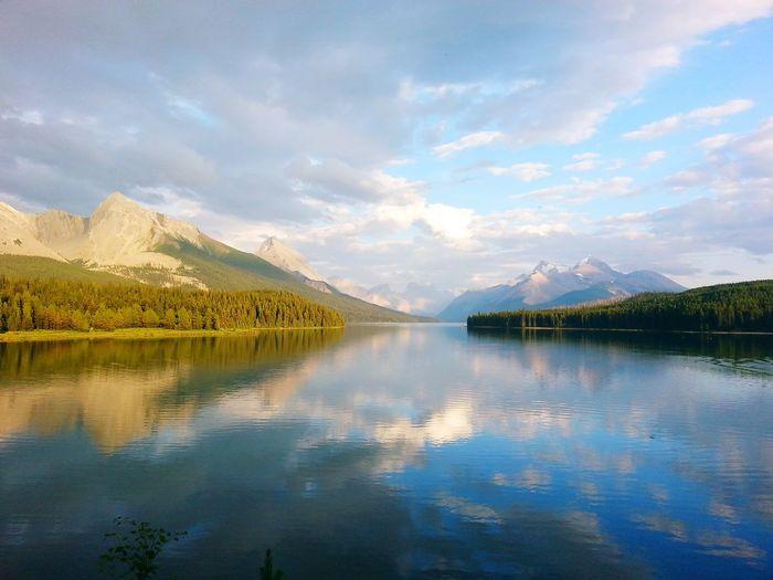 EyeEm Selects Maligne Lake Jasper National Park❤️ Jasper Alberta Jaspernationalpark Jasper MaligneLake