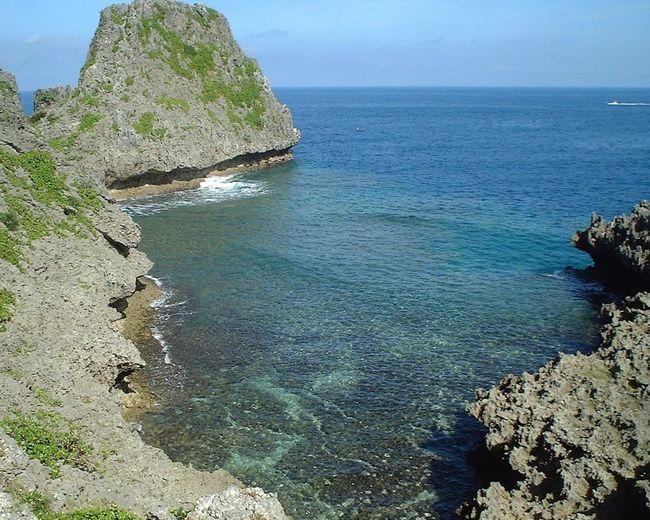 沖縄県 ( Okinawa ) 読谷村 ( Yomitan Village )の 真栄田岬 ( MaedaCape )の風景です