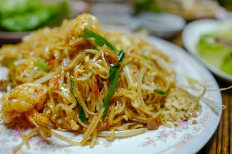 Thai Cuisine Discoverhongkong Dinner Thai Cuisine Food And Drink Food Freshness Ready-to-eat Plate Noodles Close-up Healthy Eating Indoors  Focus On Foreground Serving Size No People Day