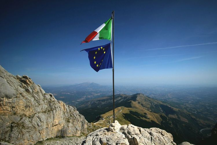 Flag Patriotism Wind Nature Sky Italy Abruzzo Italianlandscape Europe brothers State Politics And Government Union Union Flag Flags In The Wind  Mountains Mountains And Sky