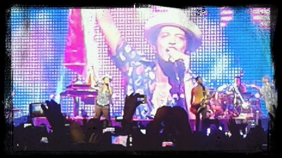 :D Moonshinejungletour Bruno Mars Amazing Concert