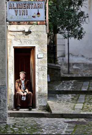 StandBy Architecture Building Exterior Italy Oldman Outdoors People Sicily Smiling Go Higher