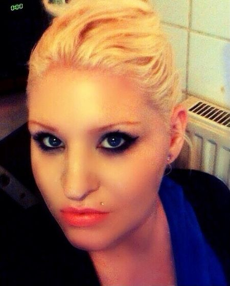 Blue Eyes <3 Self Portrait Blonde me!