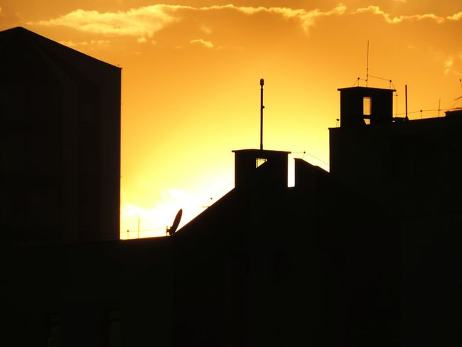 Silhouette Building Exterior Sunset Sky Gold Sky Houet Utline