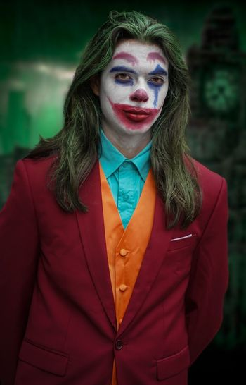 Joker Nycc2018 NYCC Cosplayer Cosplay Batman Joker One Person Front View Portrait Real People Looking At Camera Lifestyles Young Adult Standing Focus On Foreground Leisure Activity Make-up Casual Clothing Long Hair Waist Up