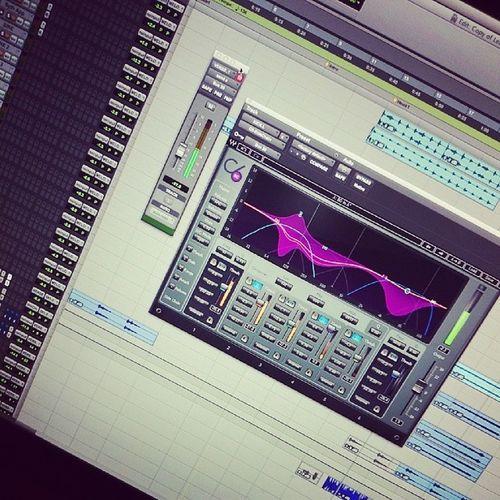 vocal x kick SideChain SoundMasters Liveit NoCollegeButBoutKnowledge
