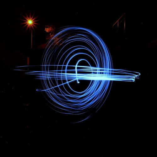 Lichtspiele..... Fotografia EyeEmNewHere Nightphotography Fotografie Nopeople Concentric Water Technology Illuminated Network Security Motion Long Exposure Speed Light Trail Sky Light Painting