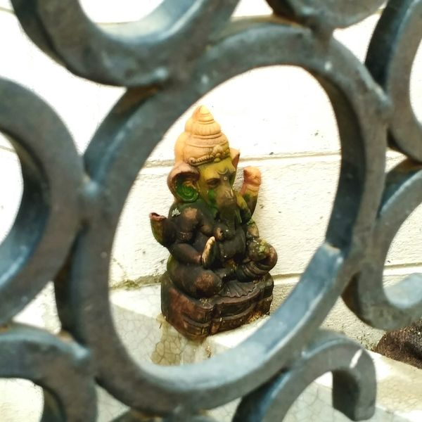 Close-up Outdoors Selective Focus Fence EyeEm Gallery Indian Stories Taking Photos Ganesha Indian Gods