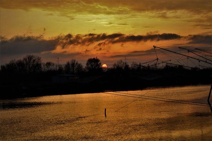 sunrise Eyemcolorphotos Clouds And Sky Shilouette Colors Landscape Red Eyemcolorphotos Sunrise Shillouette Eyeemphotography EyeEm Nature Lover EyeEm Gallery Hello World Good Morning
