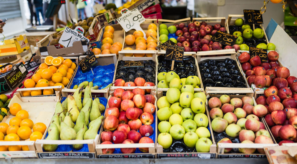 Fruit stall on a local market in Rome, Itlay Food Fruit Market Food And Drink Choice Healthy Eating Retail  Variation Market Stall Freshness Wellbeing Apple - Fruit For Sale No People Pear Grape Orange Sale Apple Retail Display Ripe Rome Roma Italy Organic