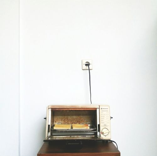 Toast the toast 🍞🍞 Bread Toaster Foodphotography Vintage