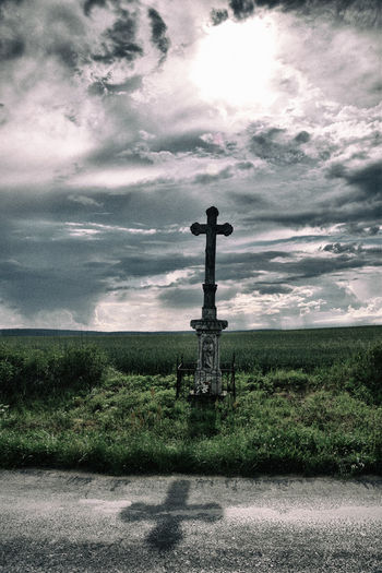 Cloudy Cross Hungary TLP