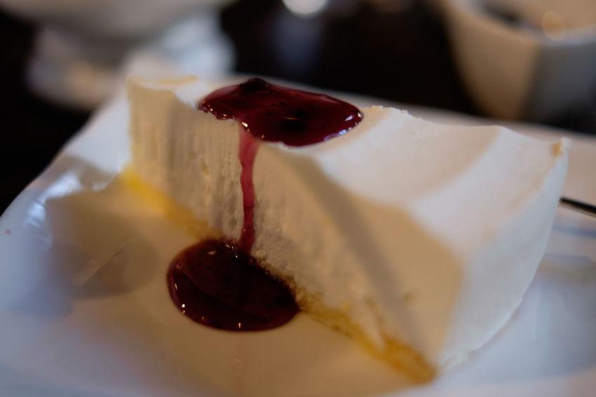 珈琲乱歩゜でレアチーズケーキ Cake Cheesecake Close-up Dessert Food Food And Drink Foodphotography Foodporn Japan Japan Photography Sweet Food Tokyo ケーキ スイーツ デザート レアチーズケーキ 東京 珈琲乱歩 谷中 谷根千
