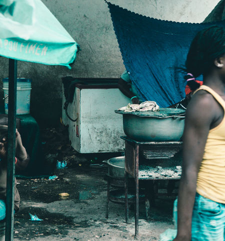 Garbage Haiti Haitian Haitian Beauty Haitians HaitiTourism Old Poor  Poorpeople Poverty Poverty But Happiness Poverty Lives. Povertychallenge Street Photography Streetart Streetphotography Trash EyeEmNewHere Cooking Potrait Cooking At Home Cook