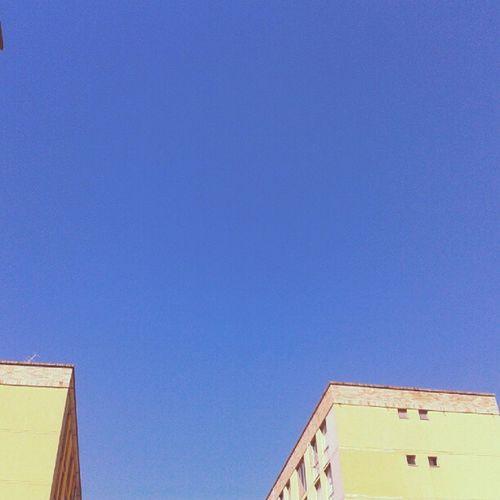Cloudless sky B)