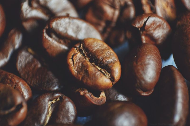Close-up Food And Drink Brown Food Freshness Coffee Coffee ☕ Coffee Beans Coffee Time Caffeine Foodphotography Product Photography Overlay Stock Photography Stock Photo EyeEmNewHere