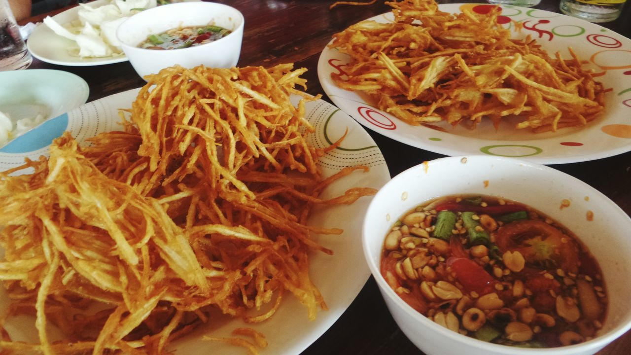 food, food and drink, ready-to-eat, plate, serving size, freshness, bowl, noodles, healthy eating, table, meal, indoors, rice - food staple, spaghetti, no people, vegetable, salad, close-up, fried rice, gourmet, homemade, soup, meat, bean sprout, appetizer, cooked, serving dish, chopped, day