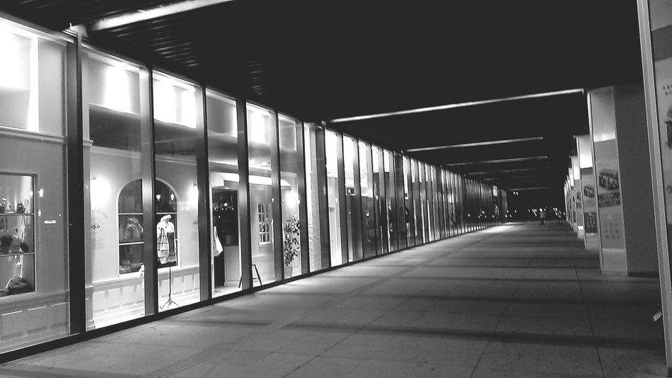 black&white 姫路 故郷