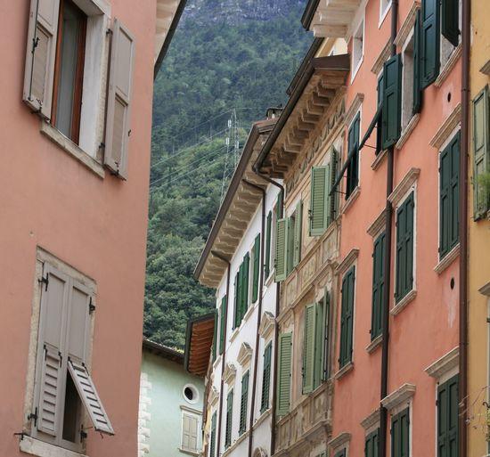 Building Exterior Architecture Built Structure Building Window Day No People Nature Outdoors Gardasee Lago Di Garda Häuserfassade Mediterranean  Fensterladen