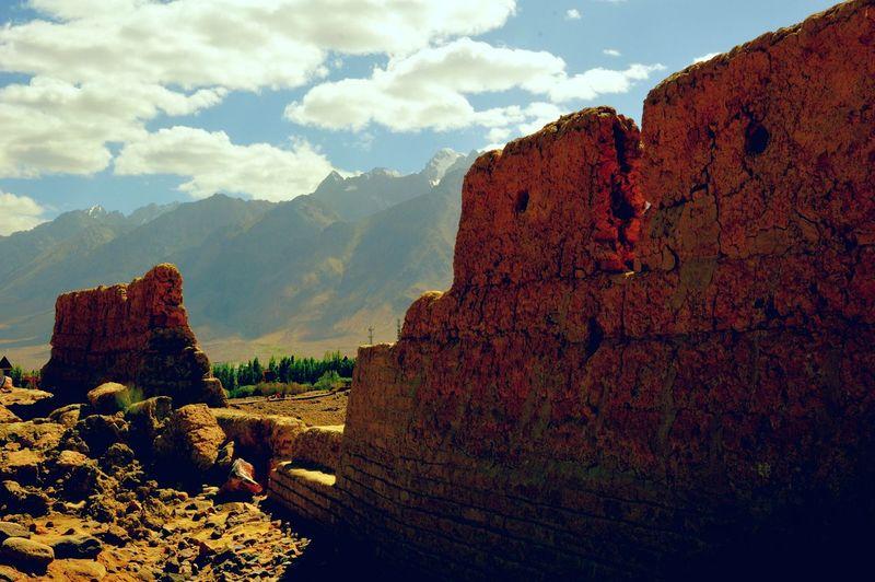 Taxkorgan Stone