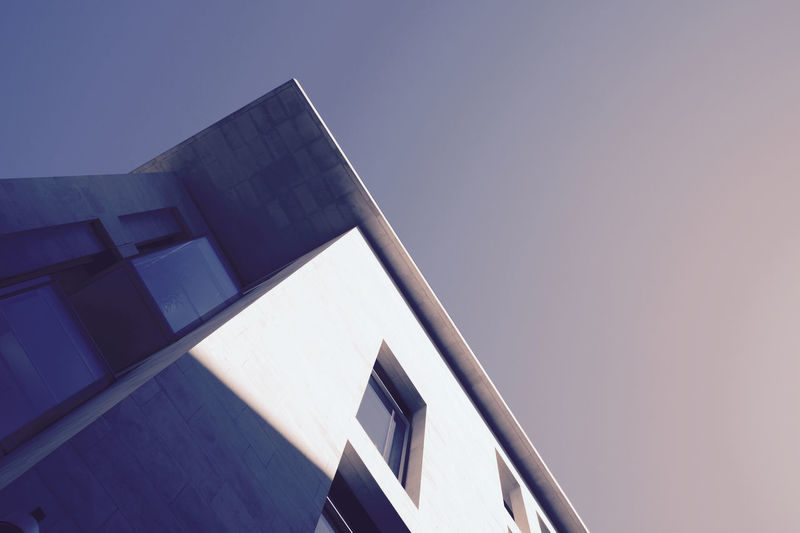 Perfectly clear skies as I walked through The City during the 500px Global Photo Walk 2015. Architecture Building Exterior Glass London Modern Office Building Structure Urban Wall Window Pmg_lon
