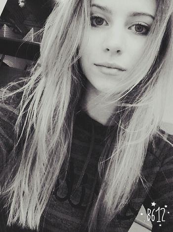 Hi! Have A Nice Day♥ That's Me Hello World Followforfollow Likeforlike Blonde Girl Girl Polishgirl Poland 💗 That's Me Szczyrk Bielsko-Biała Women Of EyeEm Followme Hello World Hi! Girls This Is Me