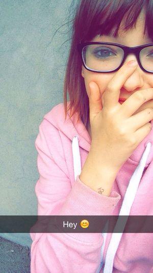 J'veux que tu meurs,qu'tu m'aimes. Qu'tu pleures,qu'tu mène la dance/ pour que nos cœur saignent dans une même cadence Relaxing