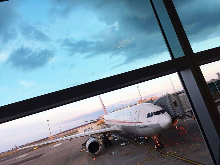 Prague Airport Airplane Travel Journey Plane Sky Cloud - Sky Cloud Airport Terminal