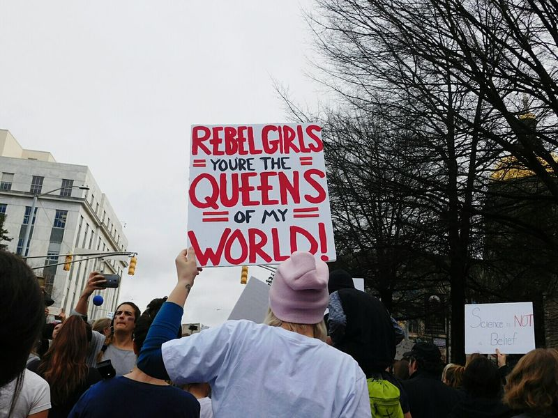 Don't you forget this Protest Text Adults Only PoliticsOutdoors Backview Atlanta Ga Rebellion Headshot Human Body Part Social Issues The Week On EyeEm Womensmarch Resist The Photojournalist - 2017 EyeEm Awards
