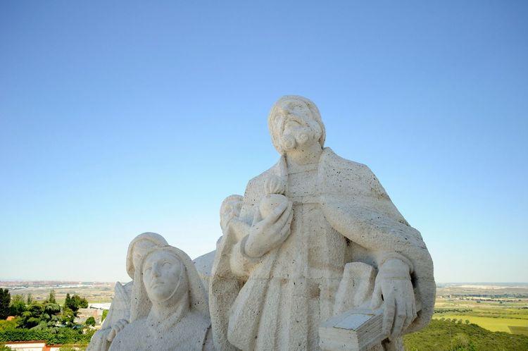 Spania, Madrid, Getafe Cerro De Los Angeles Statue Scenic Scenic View Sky Traveling