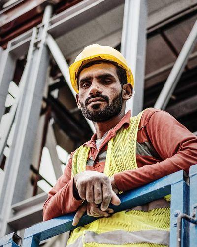 The Hired Hand Working Manual Worker Construction Worker Eyemmiddleeast EyemDubai Fujifilmxfaces FUJIFILM X-T10 Fujifilmme Gpp2017 Portrait Dubai Portrait Photography United Arab Emirates