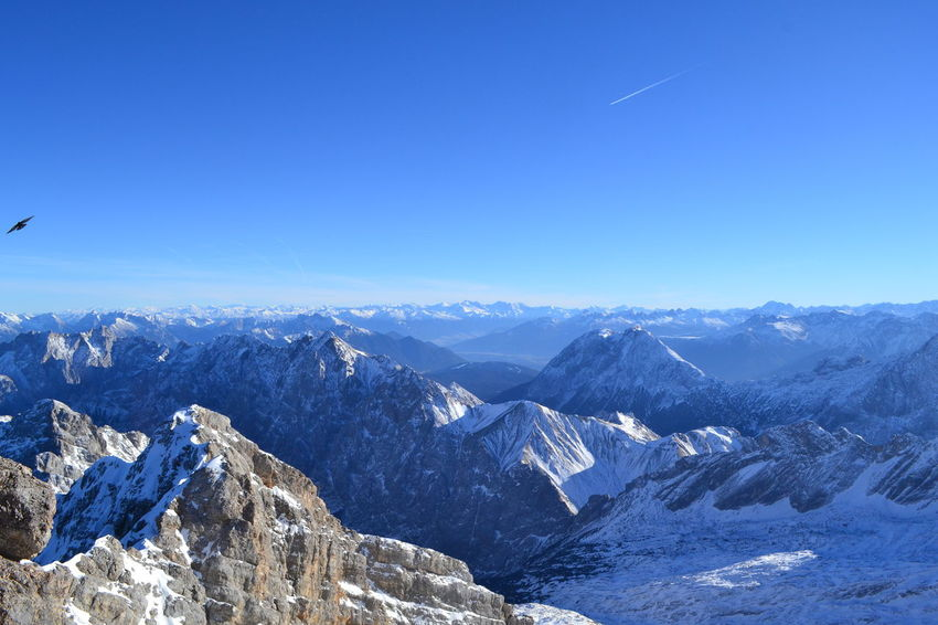 Zugspitze Winter Sport Snow ❄ Snow Sky Scenics Outdoors No People Nature Mountain Range Mountain Landscape Germany Garmisch Extreme Sports Day Cold Temperature Cold Clear Sky Beauty In Nature Adventure Baviera Tourism Bayern