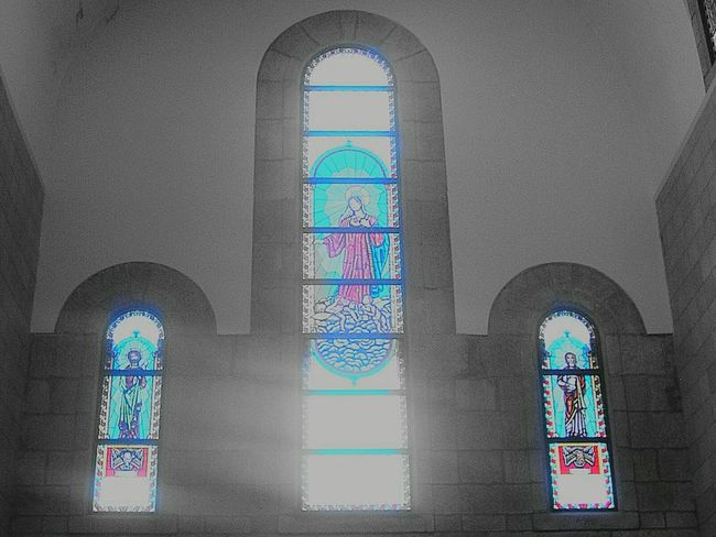 Black And White And Color Iglesia