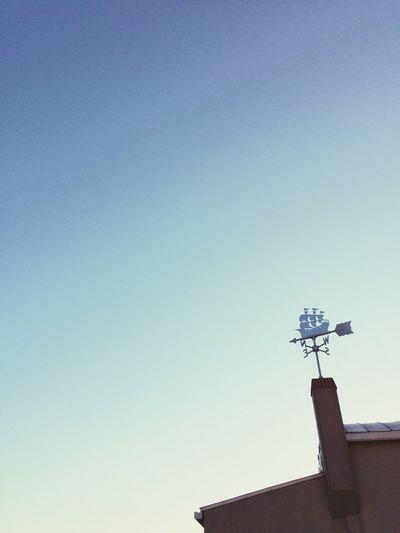 I started working from now٩(๑´꒳ `๑٩) Sky Weathercock Kazamidori Blue Sky Hello World Osaka,Japan
