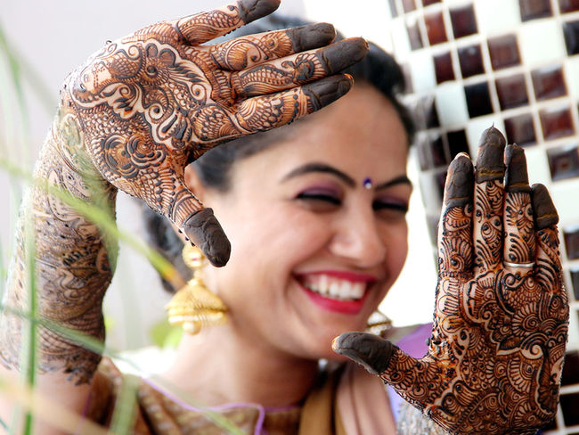 My Favorite Photo Indianbeauty Indianbride Mehdi Blureffect Moment Life Love ♥ Smileinthecamera! :) Wow!! Whatapicture
