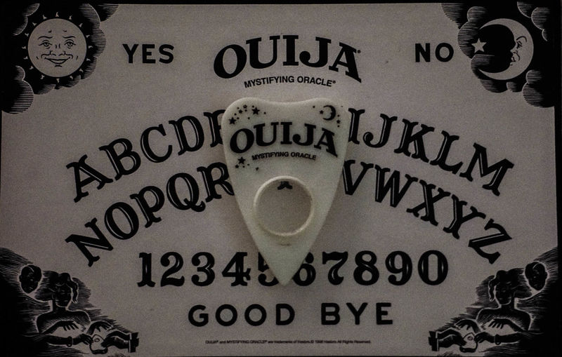 Close-up Ouija Board  Ouija Creepy Studio Old