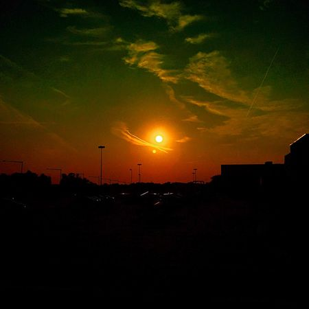 Heeeere's sunny! ☀️ Morning Sunrise IPhone Photography Sunset #sun #clouds #skylovers #sky #nature #beautifulinnature #naturalbeauty #photography #landscape Clouds And Sky