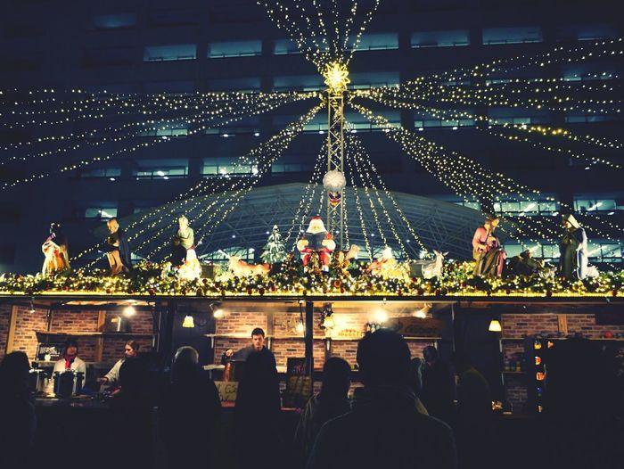 Extra+ Into the TENJIN Chrismas Market, Nearly City office Fukuoka City. December 21. 28mm Handheld Next to 天神ヒカリスクエア 福岡市 de Good Night
